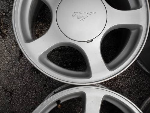 Four 1994 2010 Ford Mustang 16 Alloy Wheels Rims